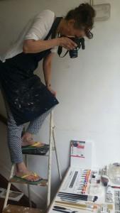 Liesbeth maakt laatste foto voor 'Portretschilderen in olieverf, de basis'